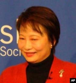 香港教育局常任秘書長謝凌潔貞