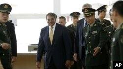 Леон Панетта в Военной академии КНР. Пекин, Китай. 19 сентября 2012 года