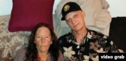 آقای وایت از سرطان رنج میبرد و برای دیدار با دوست دخترش به مشهد سفر کرده بود.