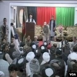 Privatni zaštitar u osiguranju afganistanskog predsjednika Hamida Karzaija