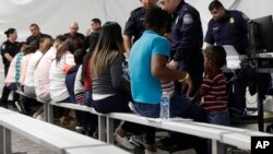 Los casos de solicitud de asilo se han acumulado en los últimos años, en parte, debido al aumento de inmigrantes llegados a la frontera Sur, provenientes principalmente de Centroamérica.