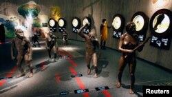 نمایش سیر تکامل بشر در موزه ای مربوط به انسان نئاندرتال