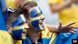 Des supporters suédois au Stade de France à Saint-Denis le 13 juin 2016.