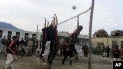 "مسابقات والیبال ""صلح"" در کنر"