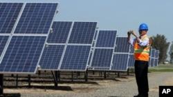 EUA cooperam com Angola em energia renovável
