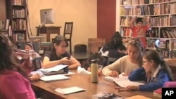بچوں میں فروغ ادب کی تنظیم ۔۔۔ ویلنسیا826