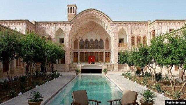 خانه عامری ها در کاشان که به هتل تبدیل شده است