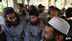 افغان حکومت اور طالبان کے درمیان قیدیوں کے تبادلہ کا معاملہ تاخیر کا شکار ہے۔