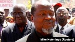 Joaquim Chissano falou com Dhlakama há dois meses
