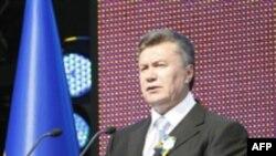 Янукович закликав українців брати приклад з Китаю