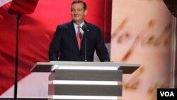 El senador Ted Cruz se negó a respaldar a Donald Trump y solo lo meniona una vez durante su discurso.