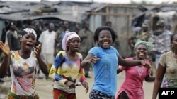 Dân chúng Côte d'Ivoire vui mừng khi nghe tin ông Gbagbo bị bắt