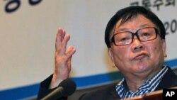 지난 5월 납북 피해 관련 기자회견에서 발언하는 오길남 박사. (자료 사진)