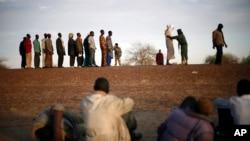Des voyageurs nigeriens