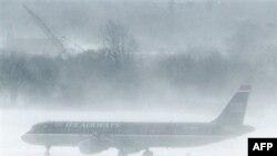 Непогода задерживает пассажиров на северо-востоке США
