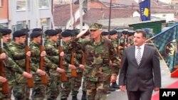 Admirali Loklear: Shkurtimet e NATO-s pasqyrojnë shtimin e sigurisë në Kosovë