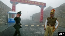 Nathu La border crossing between India and China