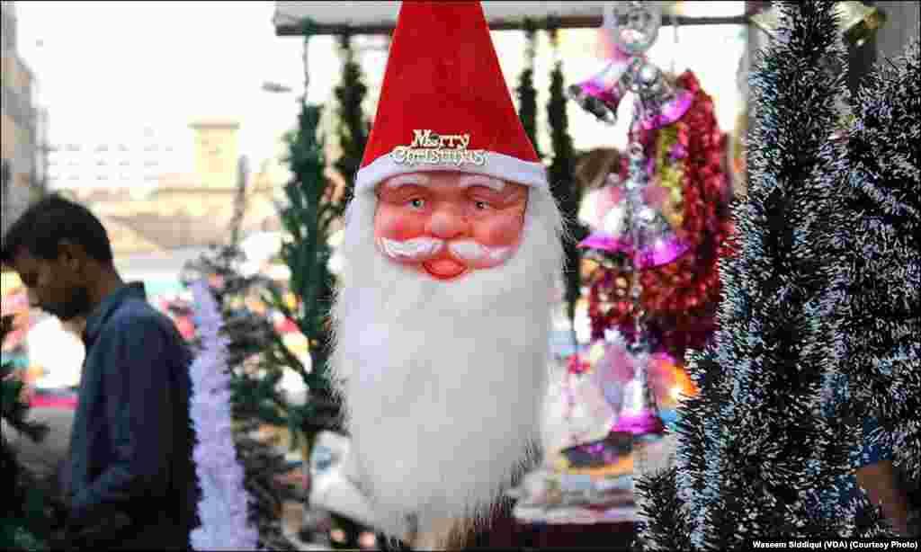 سانتا کلاز کا خوبصورت ماسک