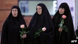 Üç gencin anneleri Cindy Hickey, Nora Shourd ve Laura Fattal Tahran'da çocuklarını ziyaret etmişti