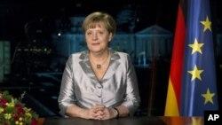 德國總理默克爾去年12月30日在柏林總理府錄制新年講話