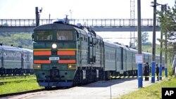 朝鲜领导人金正日乘坐的专列8月20日进入俄罗斯境内的远东地区