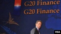 El viaje ocurre antes de que los ministros de Finanzas del G-20 se reúnan en París el 18 y 19 de febrero.