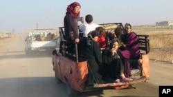 Civili napuštaju Hamu, Sirija 1. septembar 2016.