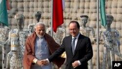 Thủ tướng Ấn Độ Narendra Modi và Tổng thống Pháp Francois Hollande trong cuộc họp báo tại Chandigarh, ngày 24/1/2016.
