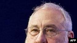 诺贝尔经济学奖得主约瑟夫•斯蒂格利茨(档案照)