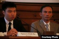 Blogger Nguyễn Đình Hà (trái) và nhà báo độc lập Lê Thanh Tùng