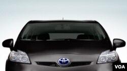 Los autos con menos gasto de combustible son los más buscados.