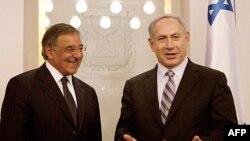 Bộ trưởng Quốc phòng Hoa Kỳ Leon Panetta và Thủ tướng Israel Benjamin Netanyahu tại Jerusalem, ngày 3/10/2011