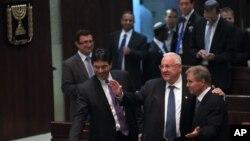 Para anggota parlemen Israel di Yerusalem (foto: dok). Israel dijadwalkan melangsungkan pemilu parlemen 17 Maret mendatang.