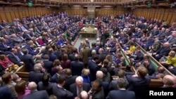 منگل کو ہونے والے برطانوی پارلیمان کے ایوانِ زیریں کے اجلاس کا ایک منظر
