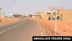 """Le CICR affirme avoir suspendu ses activités à Tombouctou, dans le nord du Mali, """"à cause de l'insécurité grandissante""""."""