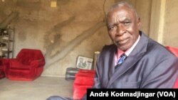 Yorongar Ngarlejy, opposant historique du régime au pouvoir, le 7 juin 2019. (VOA/André Kodmadjingar)