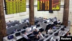 Thị trường chứng khoán Ai Cập tại Cairo, ngày 3/7/2013.