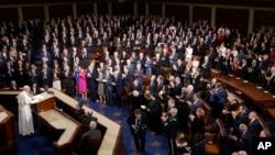 پس از خطابۀ رئیس جمهور امریکا به ملت، این نخستین رویدادی بود که تمام ارکان حکومت امریکا را زیر یک چتر جمع کرده بود.