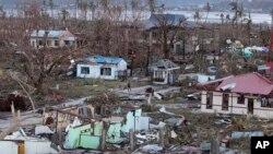 태풍 하이옌이 강타한 필리핀 타클로반시