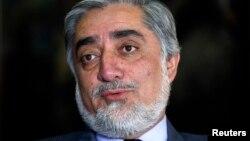 아프가니스탄의 압둘라 압둘라 전 외무장관. 지난 5일 치러진 대통령 선거 중간 개표 결과 선두를 달리고 있다.