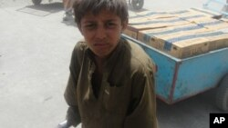 اطفال کارگر در سرحد تورخم با پاکستان