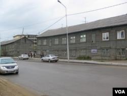 西伯利亚东部雅库特共和国首府雅库特市中心。雅库特虽拥有丰富石油,天然气和钻石资源,但仍然需要莫斯科中央财政补贴。(美国之音白桦)