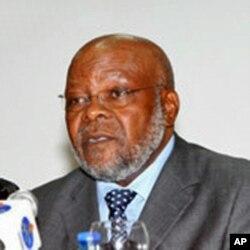 Faustino Muteka, governador do Huambo