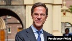 PM Mark Rutte acciona gabinete de crise e polícia anti-terrorismo é chamada