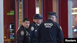 El sospechoso le disparó al uniformado luego de ser detenido por estar involucrado en un accidente de tránsito.