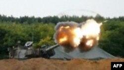 اسرائیلی ٹینکوں کی غازا میں گولہ باری۔ فائل فوٹو