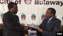 Ikhansili yakoBulawayo ilobelane isivumelwano lebhanga leCBZ.