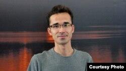 미국 텍사스 대학교 대학원에서 박사과정을 밟던 중 가족을 만나기 위해 이란에 갔다가 억류됐던 이란인 물리학도 오미드 코카비. (자료사진)