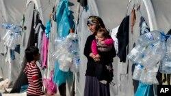 Kurdên Kobanê li ser xetê di bin şertên giran de dijîn