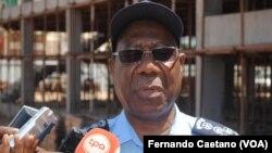Comandante Geral da Polícia Nacional de Angola Ambrósio de Lemos
